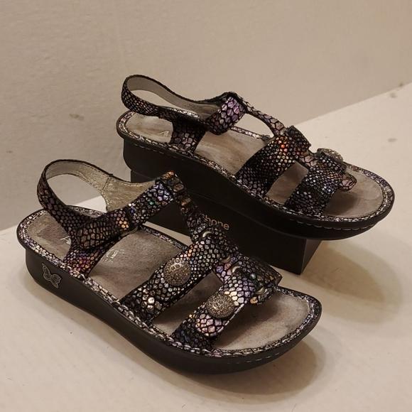 Alegria KLE-729 sandals women's size 7
